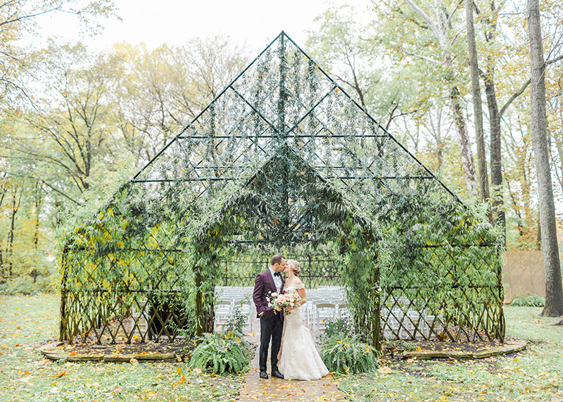 The Willow Chapel at Black Iris Estate in Carmel Indiana, unique as it is beautiful is a perfect wedding ceremony location for those who love the outdoors.