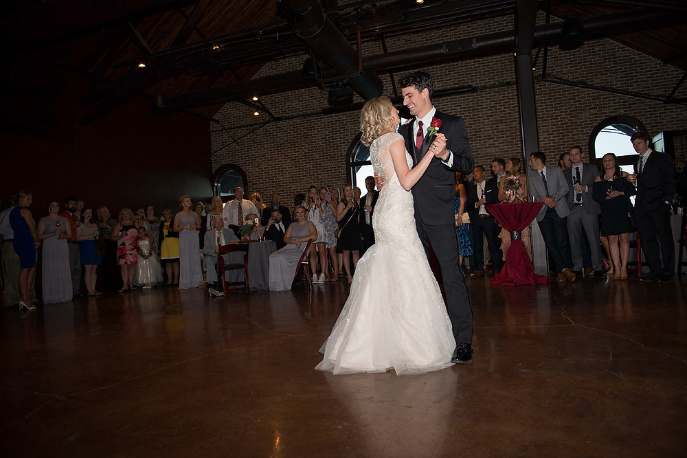 first dance CANAL 337 wedding reception venue Indiananpolis
