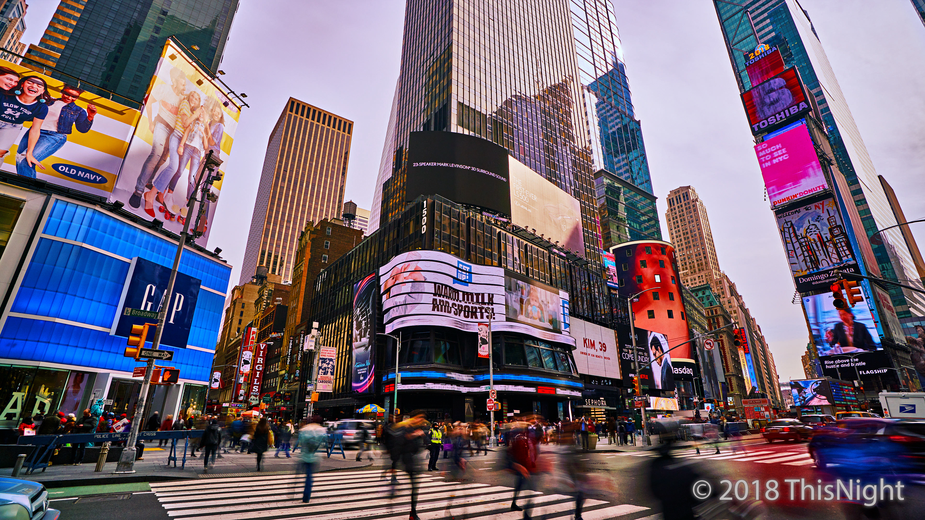 Grand Time Square.
