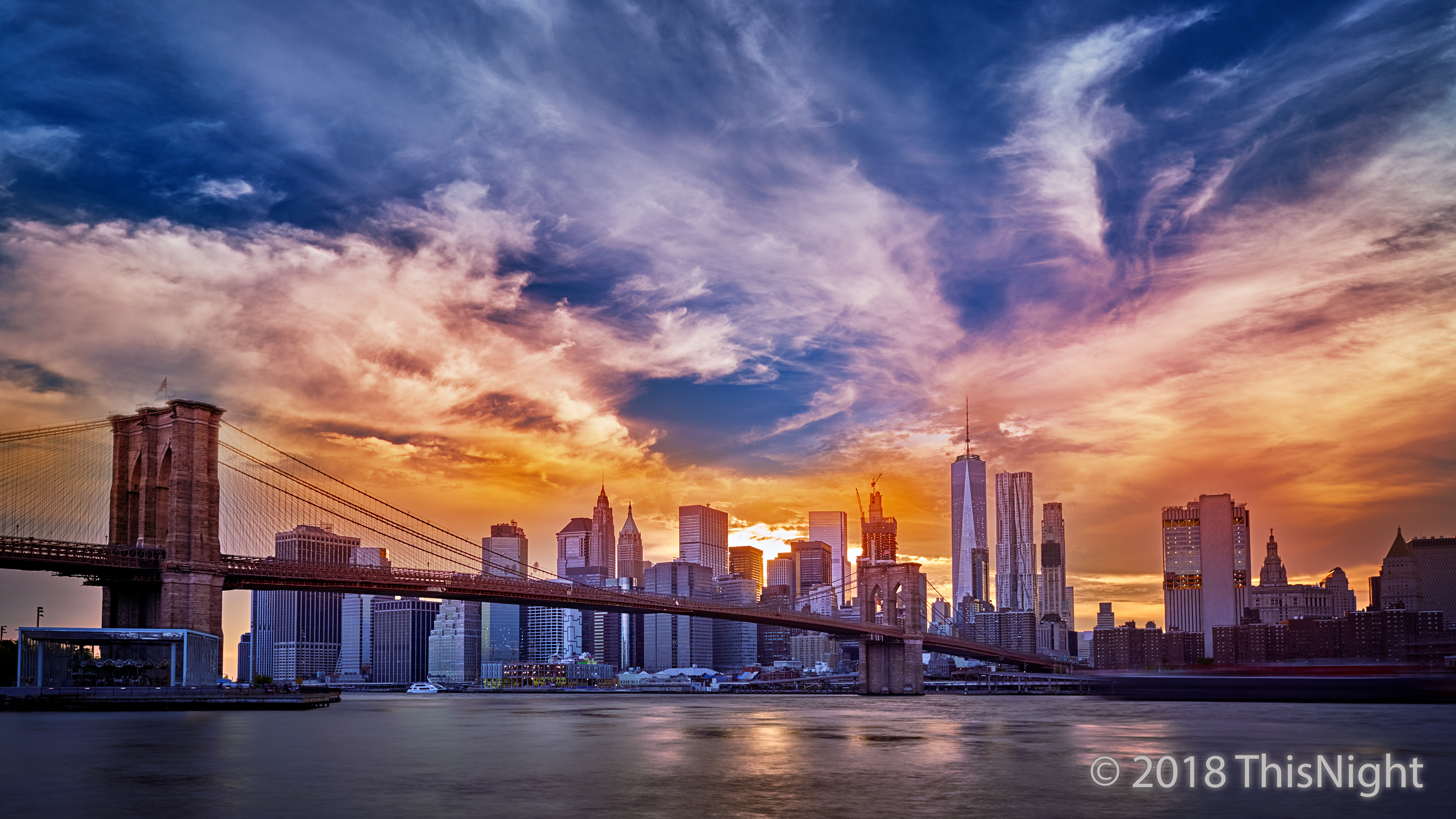 Grand Sunset. Brooklyn Bridge