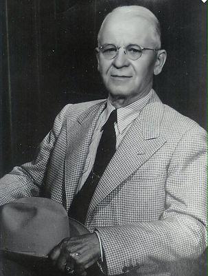 1940-1949_Sam_McKelvie.jpg