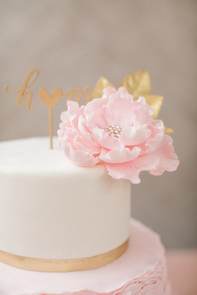 Blush & Gold Ruffle Wedding cake