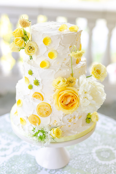 Yellow Citrus Buttercream Cake