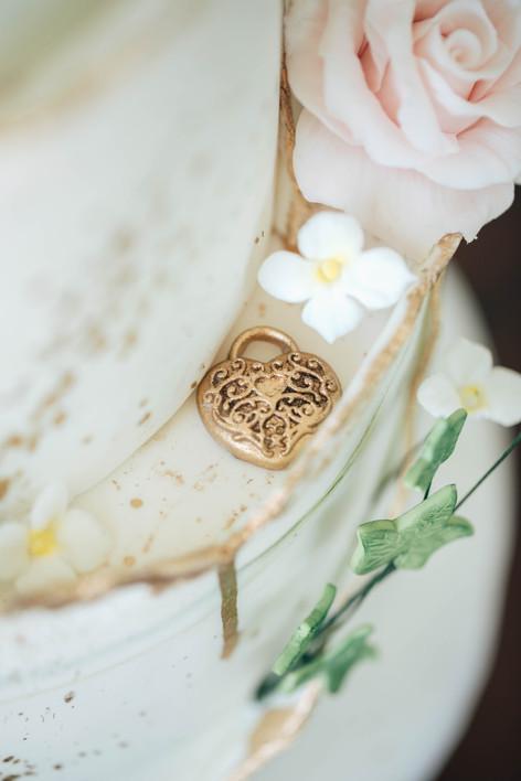 Secret Garden Wedding Cake