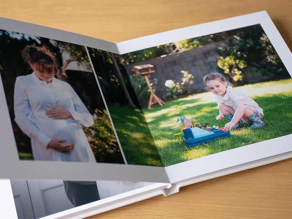 Professional family album by Camila Lee-