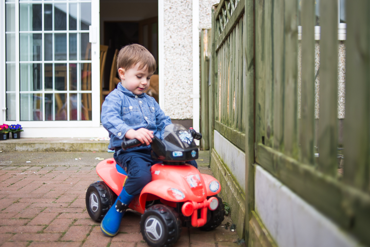 Family photography session at home in Dublin by Camila Lee