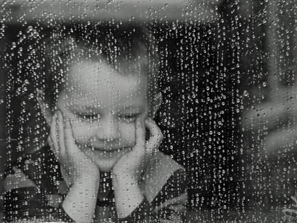 はじめての雨の日は