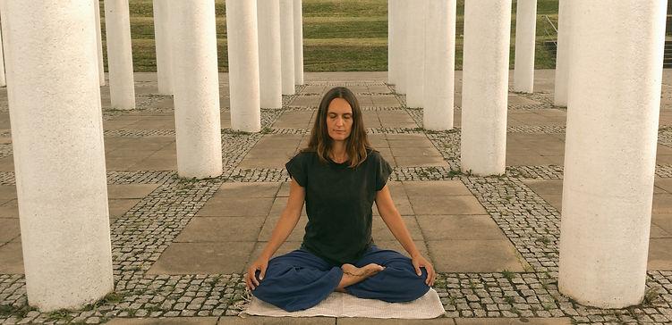 meditation%20Stuttgart_edited.jpg