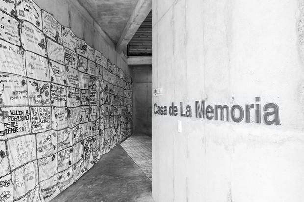 """Casa de la memoria y espacio comunitario """"Remanso de Paz""""-Pueblo Bello, Colombia"""