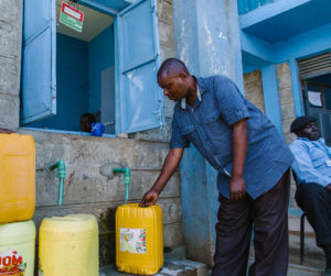 WASH - Water, sanitation and hygiene. Tugurio de Kibera, Nairobi. Kenia
