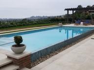 infinity edge swimming pools