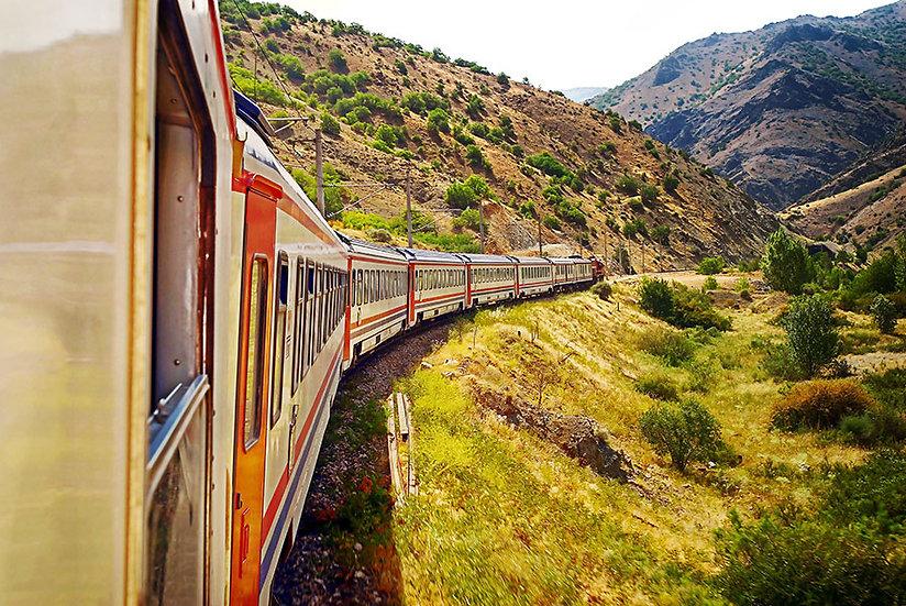 Tren Yolculu Manzara Duvar Kağıtları | 3D Vagon Duvar Kağıtları | Mardin