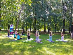 Six Senses International Yoga Day with travel partners (3)