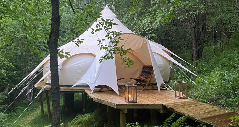 En annerledes teltopplevelse hos Indal Forest Retreat.