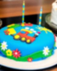birthday-cake-2124938_1920.jpg