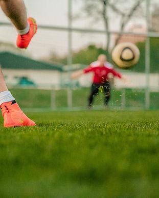 football-1274661_1920.jpg