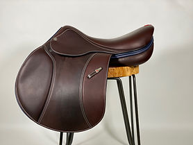 "USED SPECIAL ONE JUMP SADDLE, 17N"" +1 (MW)"