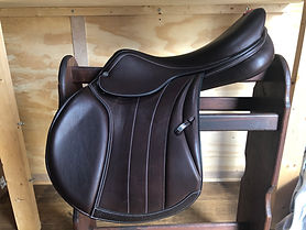 "USED SPECIAL ONE JUMP SADDLE, 18N"" +1 (MW)"