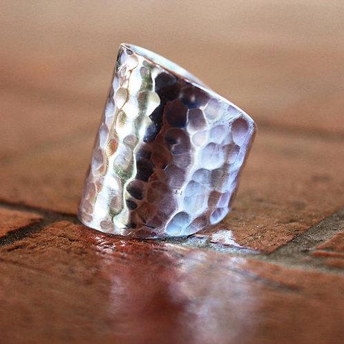 Σφυρήλατο ανοιχτό ασημένιο δαχτυλίδι  D92