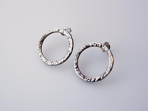 Ασημένια σκουλαρίκια σφυρήλατοι κύκλοι EA15
