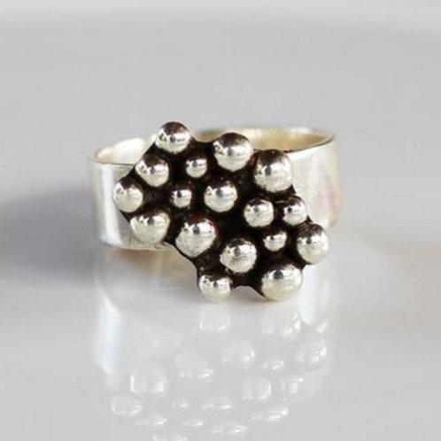 Ασημένιο δαχτυλίδι αφηρημένο σχέδιο D40
