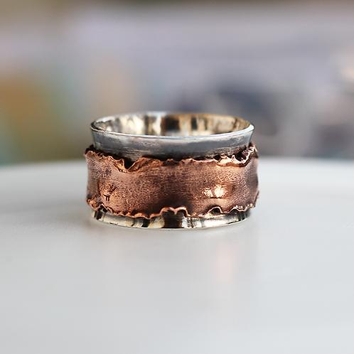 Ασημένιο δαχτυλίδι με λεπτομερια χαλκου -spinner ring  AD14