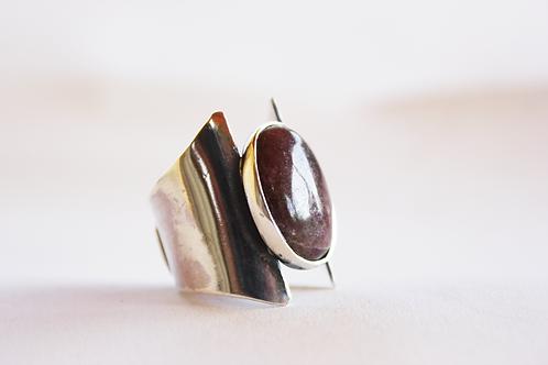 Ασημένιο unisex σφυρήλατο δαχτυλίδι ,Ροδονίτης πέτραD88