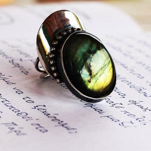 Ασημένιο δαχτυλίδι με Labradorite  D14