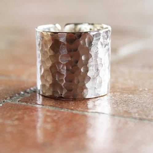 Ανοιχτό Σφυρήλατο ασημένιο δαχτυλίδι  D77