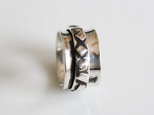 Ασημένιο δαχτυλίδι -spinner ring   AD15