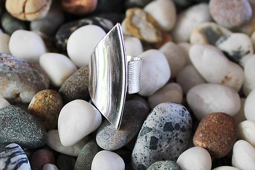 Ασύμμετρο ασημένιο δαχτυλίδι D73