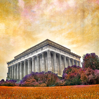 Lincoln memorial 4904-cropped-color