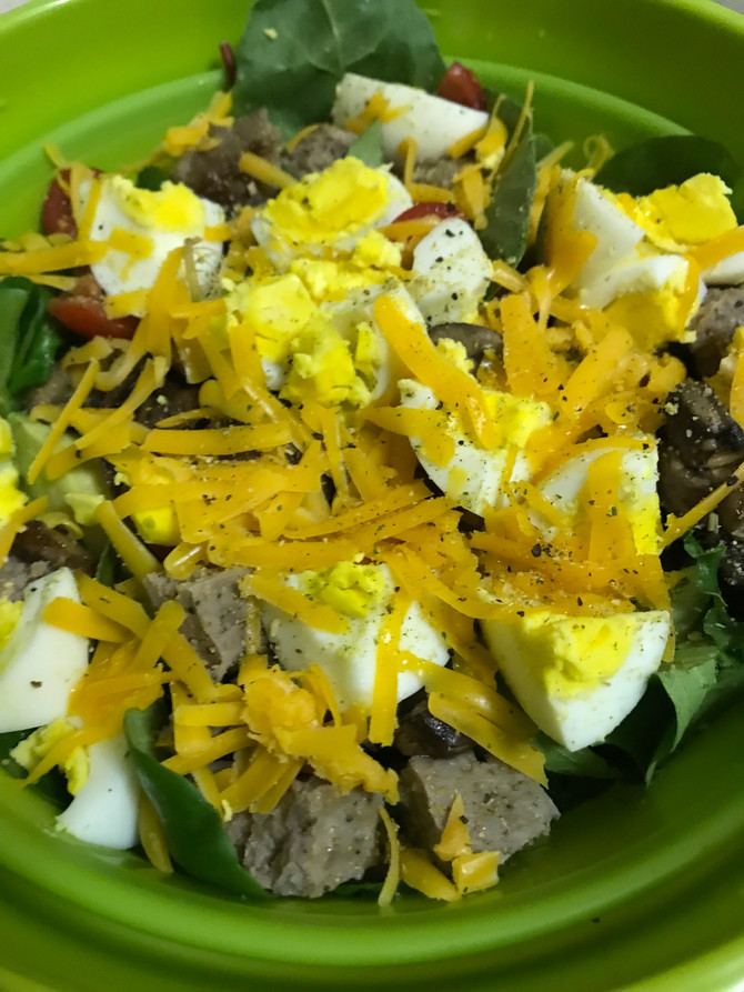 Quick & Dirty Clean Eats: Breakfast Salad
