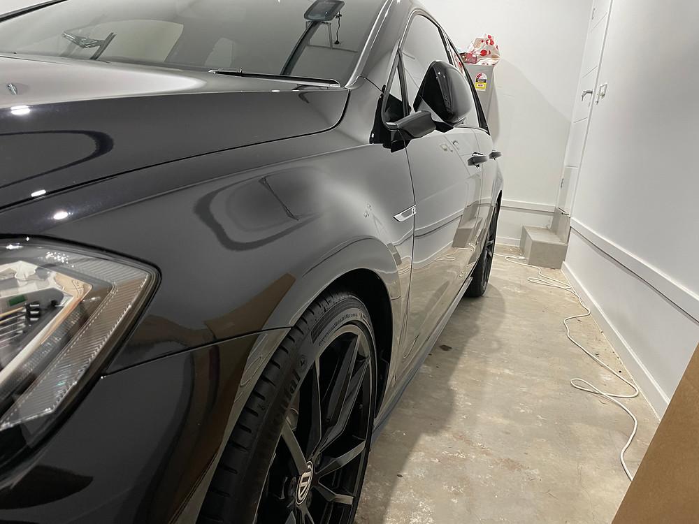 Ceramic Coating on a black car done By Hot Ride mobile car detailing Sydney