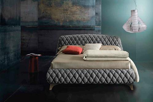 Кровать Orfeo Quilted  Italian Urban Style Altrenotti