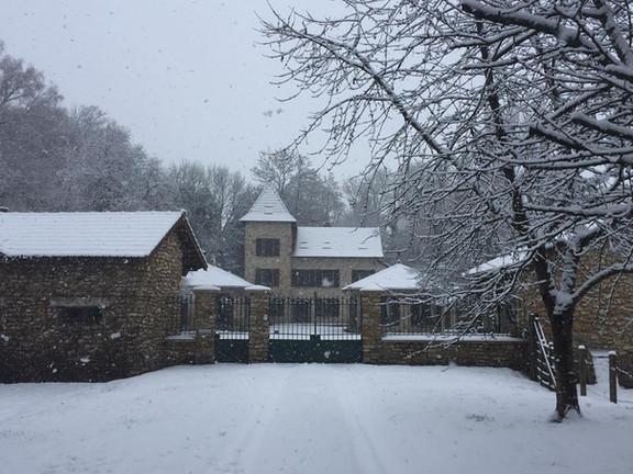 moulin sous la neige.jpg