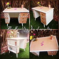 """The Sparkling Joy of upcycling """"This mom"""