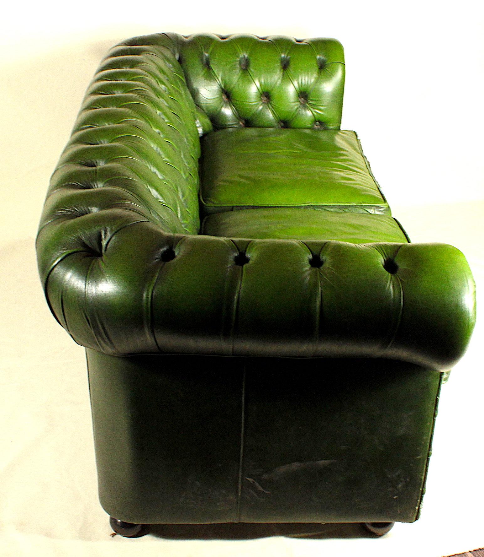 GREEN CHESTERFIELD SOFA | stellar-vintage
