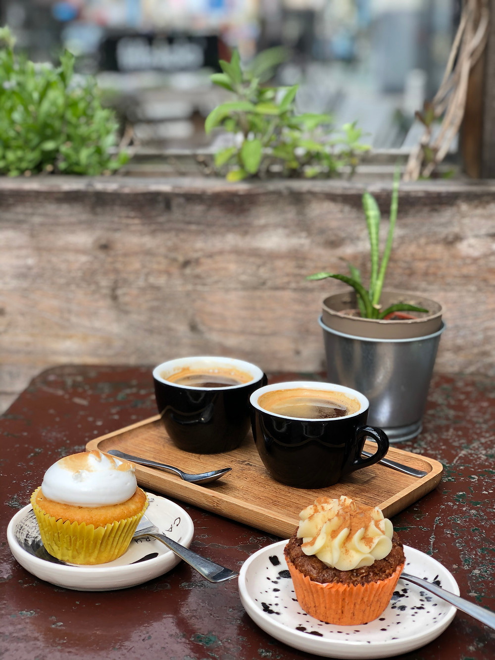 Normo Coffee and cupcakes at Barraf in Lier