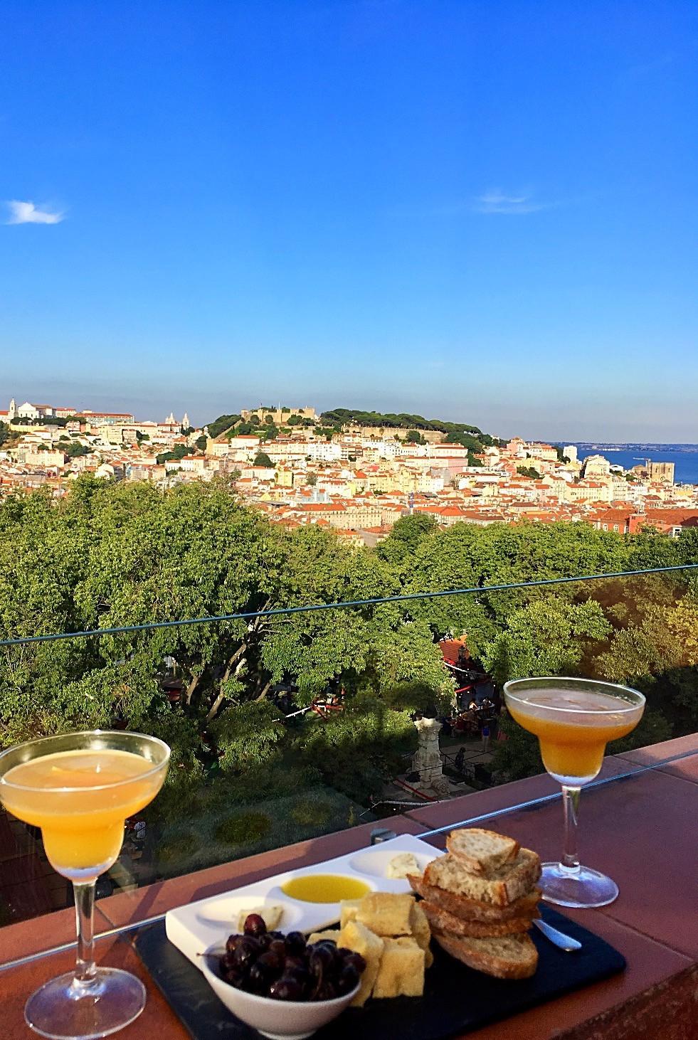 The Insólito Restaurant & Bar Lisbon
