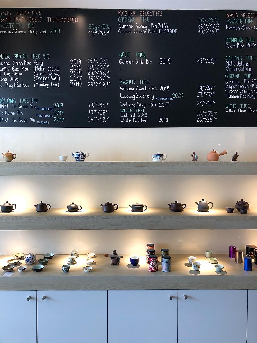 Tea sets and menu at Biochi Sint-Niklaas
