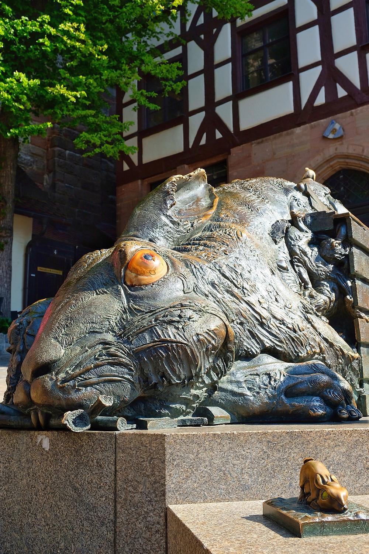 Statue Der Hase (The Hare), Nürnberg
