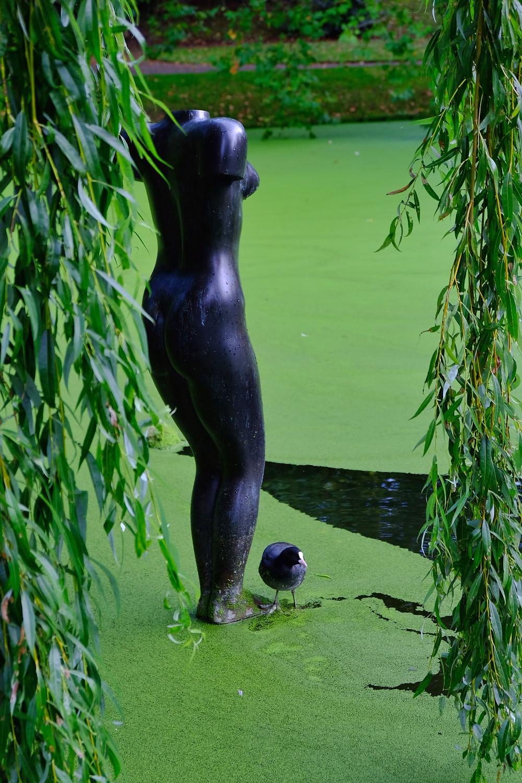Statue at De Prinsentuin, Leeuwarden