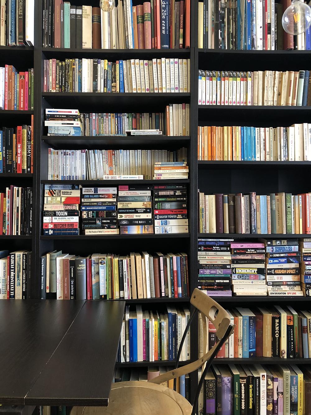 Boekhandel De Zondvloed and coffee bar in Mechelen