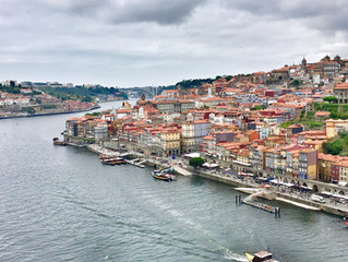 Porto: the lovely medieval city along the Douro river