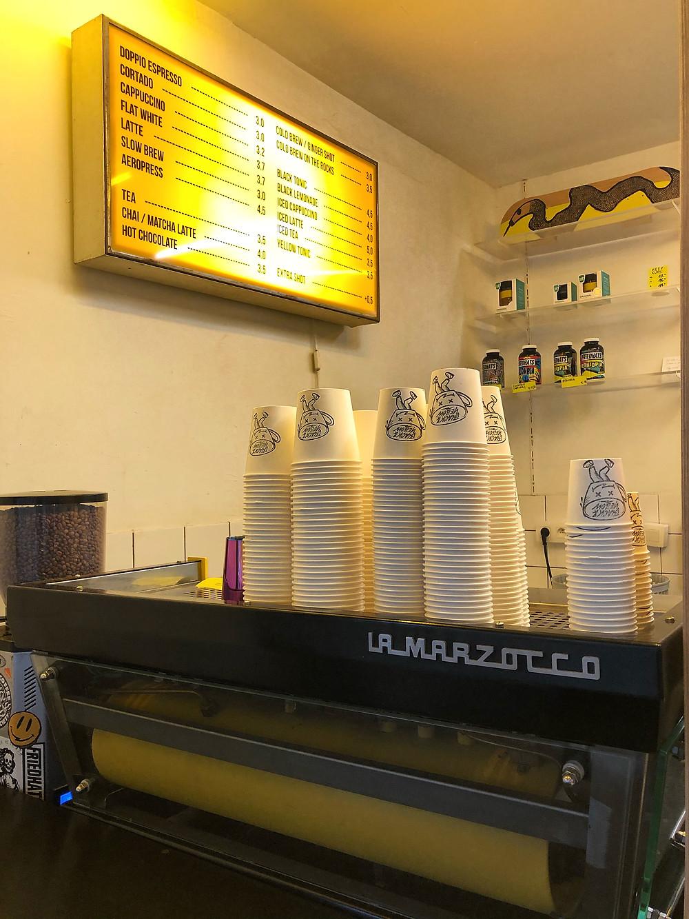 Black & Yellow Coffeebar Antwerp