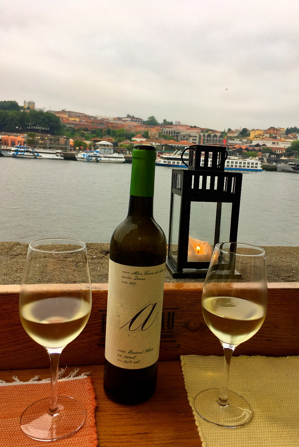 Wine at Restaurant Bacalhau in Porto