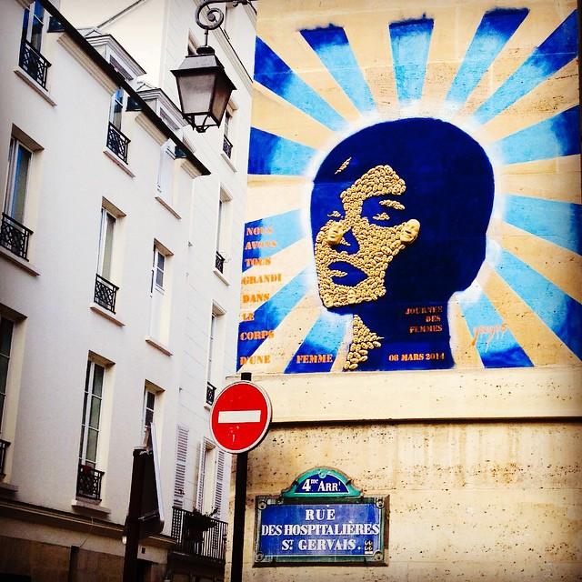 Street art by Gregos in Paris