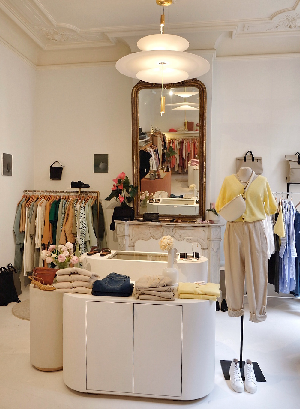 Pêche clothing store in Sint-Niklaas