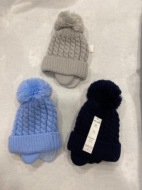 Lined Pom Pom hat, wool pom pom